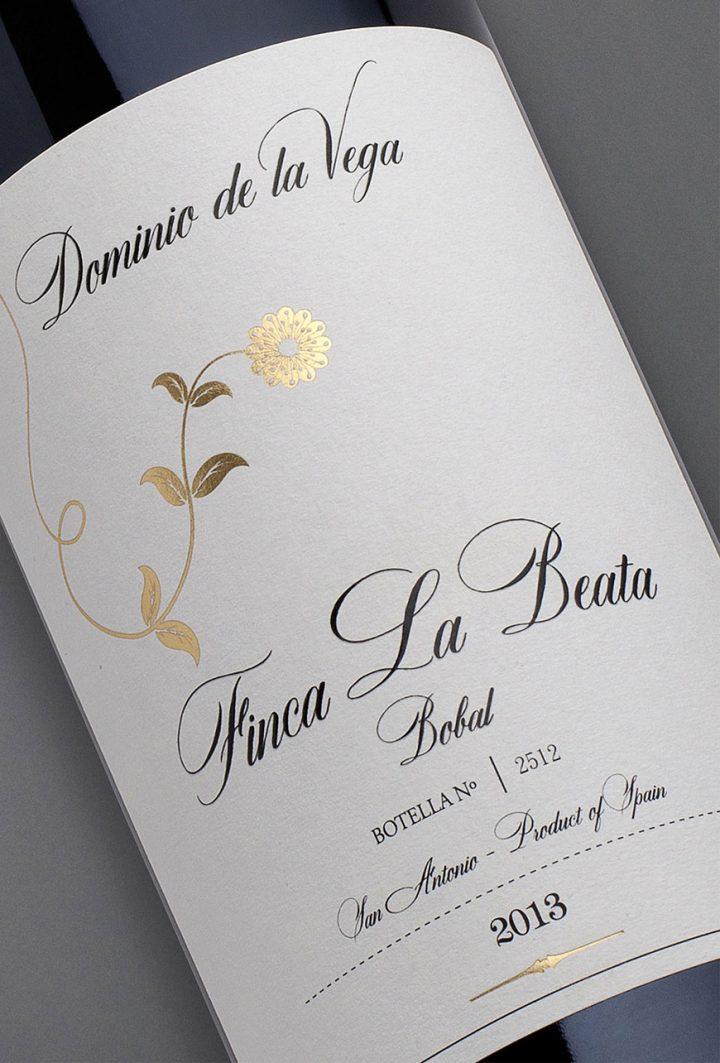 Etiqueta botella 75cl. Vino tinto de bobal Finca La Beata 2013