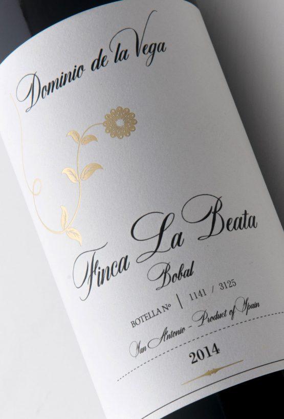 Etiqueta botella 75cl. Vino tinto de bobal Finca La Beata 2014